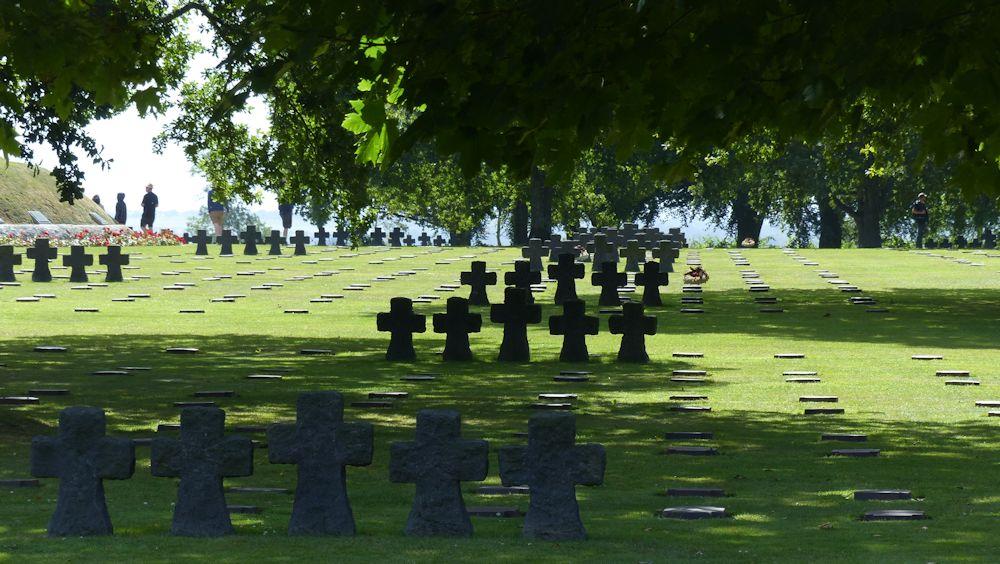 Soldatenfriedhof bei La Cambe